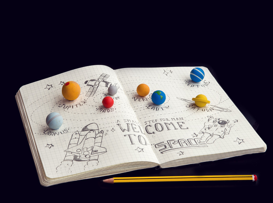 Solar System Erasers : 8 Tiny planets made from rubber.