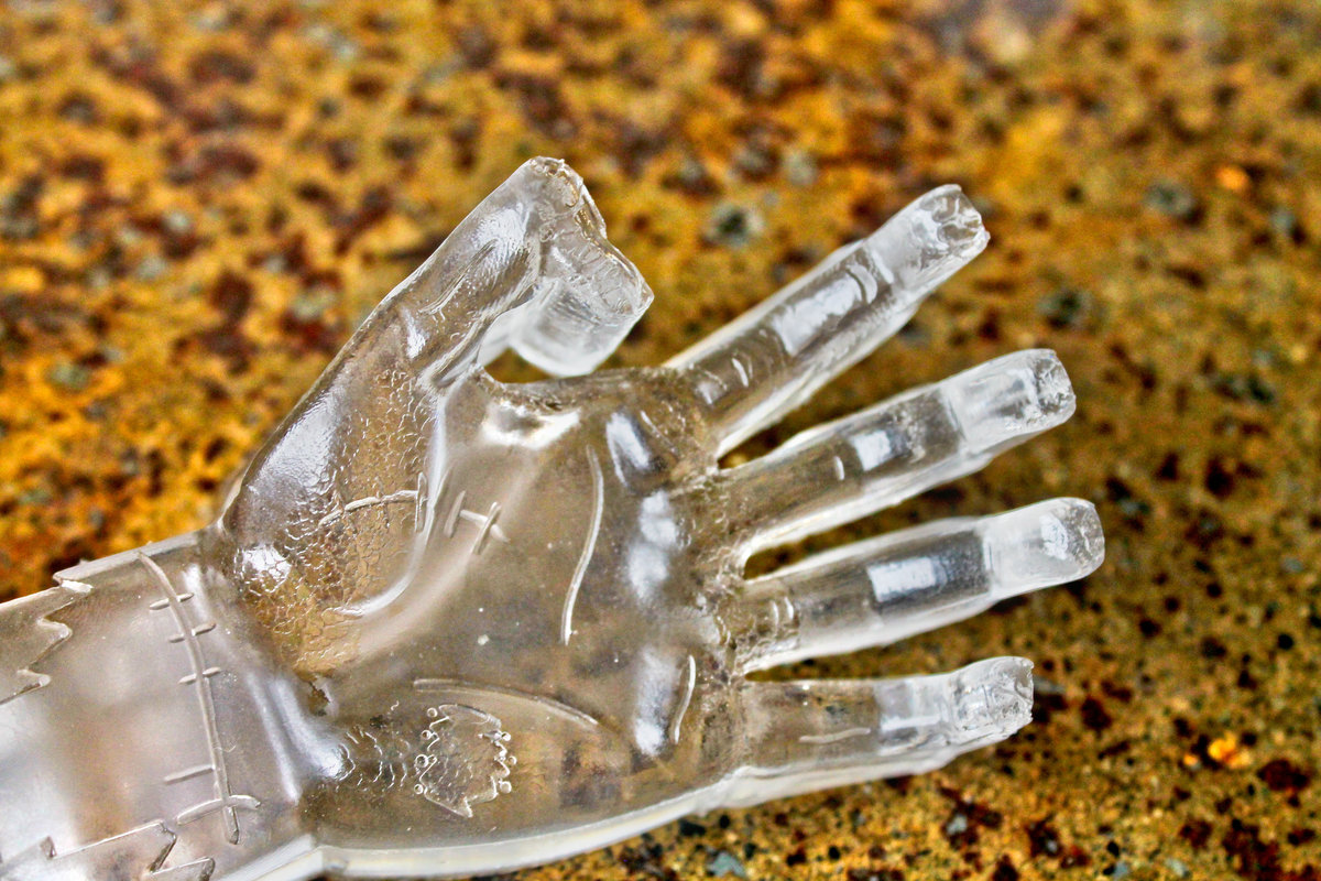 3d zombie ice make monster zombie hand ice cubes for Making sorbet by hand