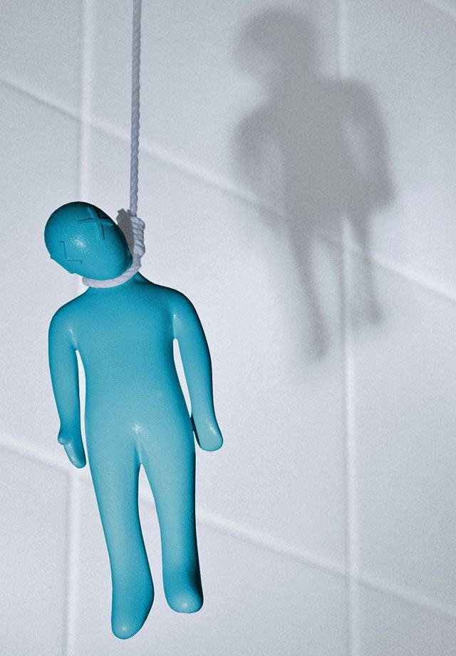 hanging harry a really gruesome bathroom light pull. Black Bedroom Furniture Sets. Home Design Ideas