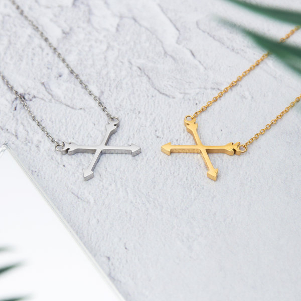 Kuku gold and silver arrow necklace