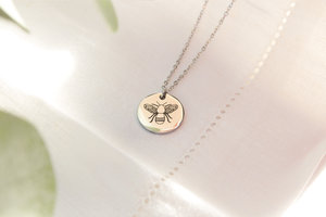 Kuku silver bee necklace