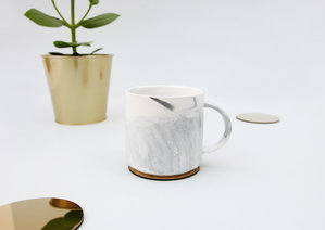 Faux marble mug for friends and colleagues