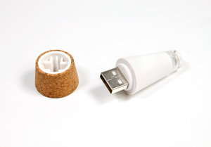 The original Bottle Light charges by USB