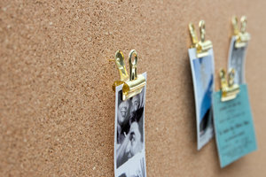 novelty gold push pins for gifts used with photos