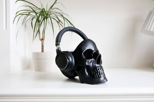 headphone desk tidy on white table