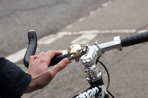 loud and sturdy bike bell for city