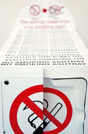 no smoking line