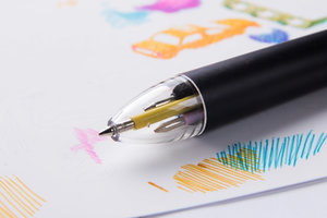 Colored ink pen for creatives and doodlers