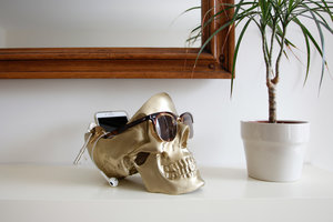 skull gifts for her with sunglasses