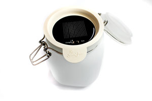 solar powered cookie jar lights opened