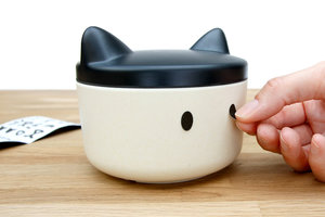 Small do food bowl easy to travel with perfect Christmas gift