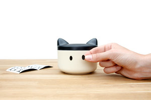 Good quality cute pet treats bowl black and white
